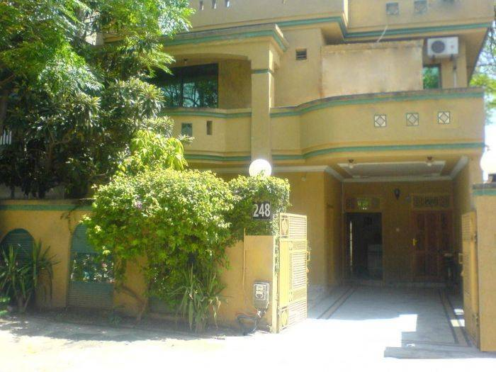 Paramid II Guest House, Islamabad, Pakistan, what is a backpackers hostel? Ask us and book now in Islamabad