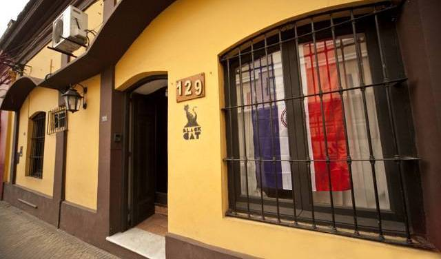 Black Cat Hostel - Search for free rooms and guaranteed low rates in Asuncion, instant online booking 15 photos
