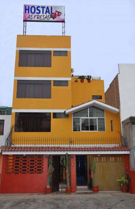 Hostal Las Fresas, Lima, Peru, hotels and rooms with views in Lima