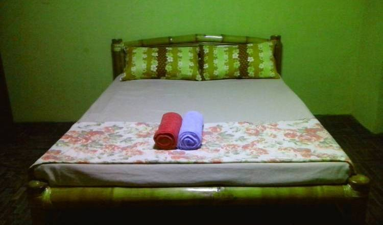 Budget Guesthouse - Search available rooms for hotel and hostel reservations in Angeles 29 photos