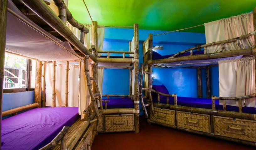 Jeepney Hostel and Kite Resort - Search available rooms for hotel and hostel reservations in Malay 36 photos