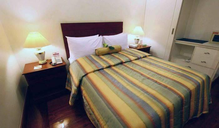 VIP Suite Apartelle 25 photos