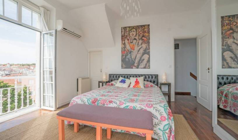 Blue Boutique Hostel and Suites - Search for free rooms and guaranteed low rates in Sao Joao do Estoril 15 photos