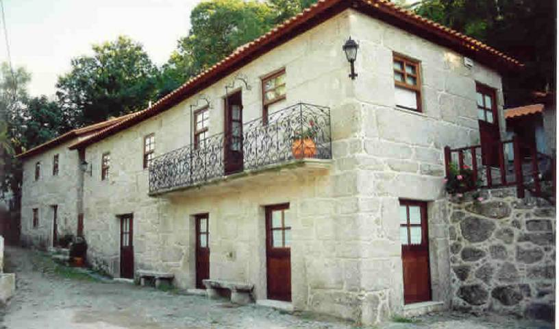 Casa Da Ponte de S. Pedro, hotel and hostel world accommodations in Caldelas, Portugal 13 photos