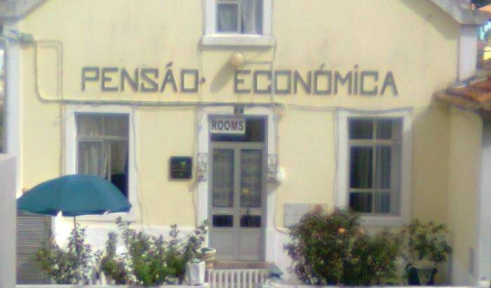 Pensao Economica - Search for free rooms and guaranteed low rates in Sintra 17 photos
