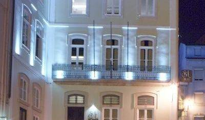 Serenata Hostel - Search available rooms for hotel and hostel reservations in Coimbra 20 photos