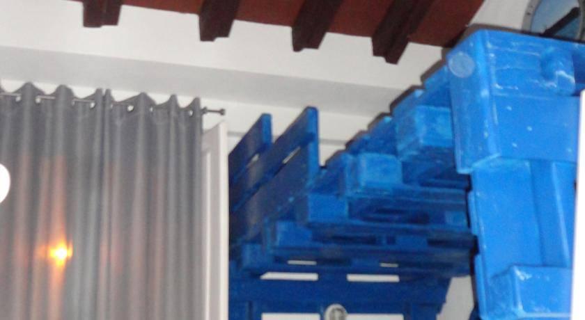 Hostel Santa Maria do Mar, Peniche, Portugal, Làm thế nào để chọn một trang web đặt phòng, so sánh đảm bảo và giá cả trong Peniche