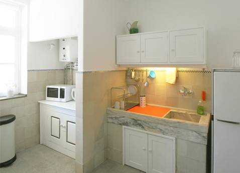 Liberdade Guesthouse, Braga, Portugal, what is a hostel? Ask us and book now in Braga