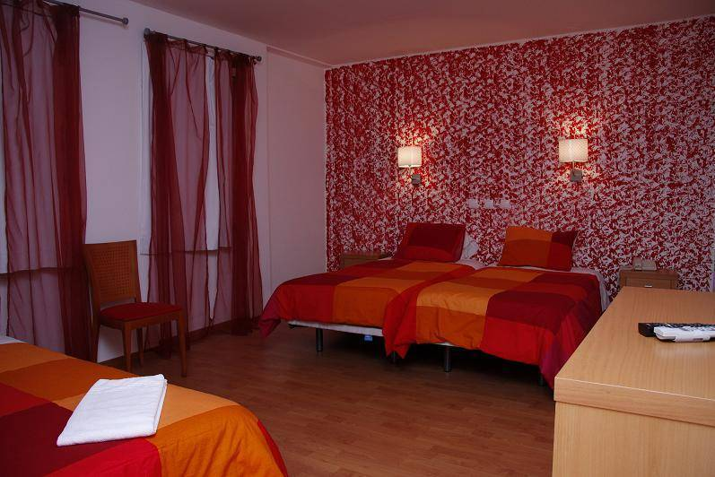 Sao Pedro Lisbon Hotel, Lisbon, Portugal, plan your trip with HostelTraveler.com, read reviews and reserve a hostel in Lisbon