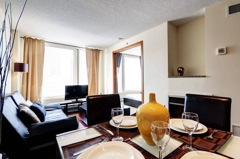 Excellence, Montreal, Quebec, Quebec hotels and hostels
