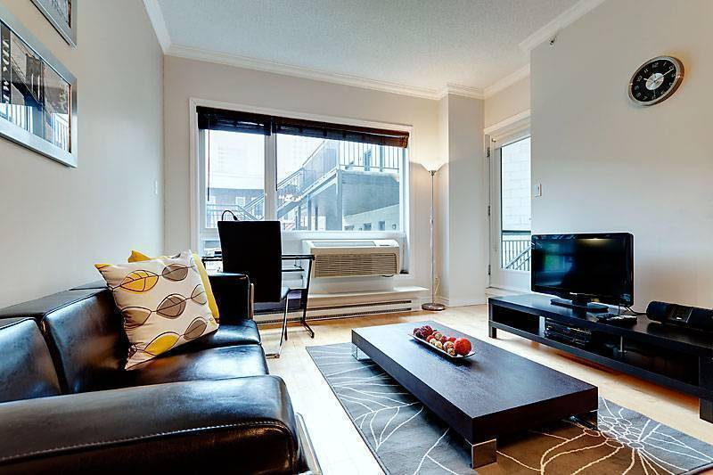 Genesis, Montreal, Quebec, top 10 hotels and hostels in Montreal