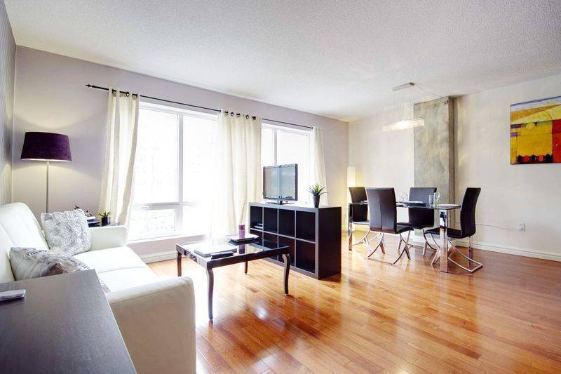 Pure, Montreal, Quebec, Quebec hotels and hostels