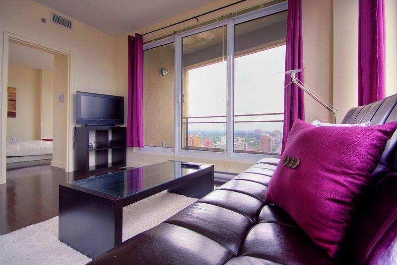 Shine, Montreal, Quebec, hotel bookings in Montreal