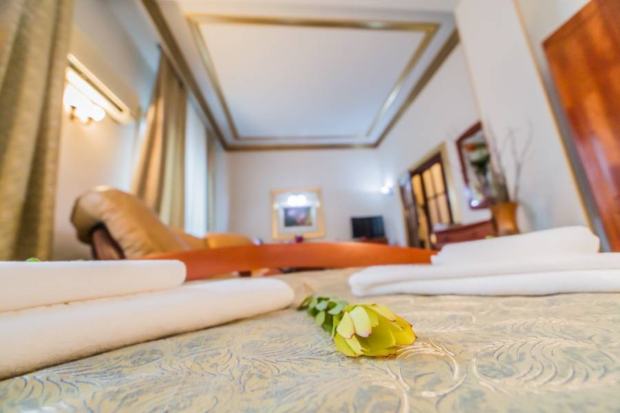 Bucharest Comfort Suites Hotel, Bucuresti, Romania, passport to savings on travel and hotel bookings in Bucuresti
