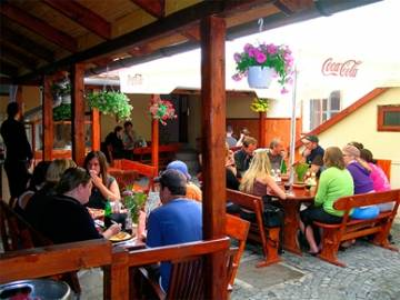 Burg-Hostel Sighisoara, Sighisoara, Romania, read hotel reviews from fellow travellers and book your next adventure today in Sighisoara