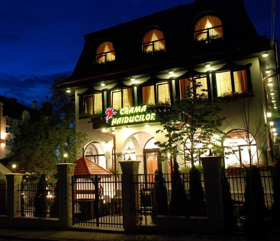 Crama Haiducilor, Cluj-Napoca - Kolozsvar, Romania, what is a backpackers hostel? Ask us and book now in Cluj-Napoca - Kolozsvar