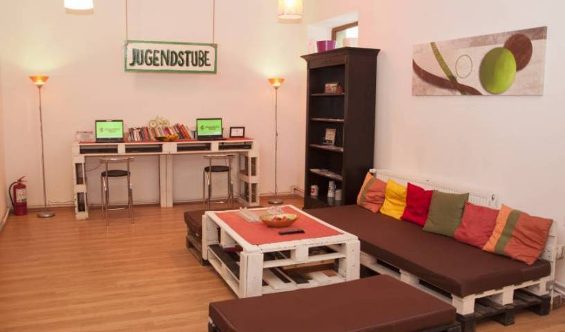 Jugendstube Hostel - Search available rooms for hotel and hostel reservations in Brasso 22 photos
