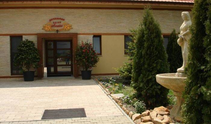 Pensiunea Anette - Get low hotel rates and check availability in Timisoara - Temesvar 35 photos
