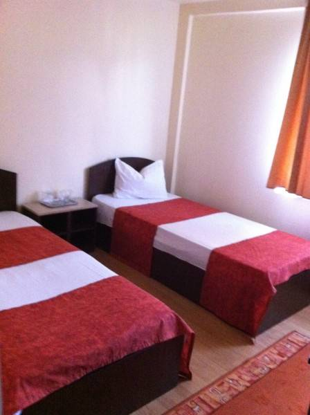 Hora Hostel, Baia Mare, Romania, how to select a hotel and where to eat in Baia Mare