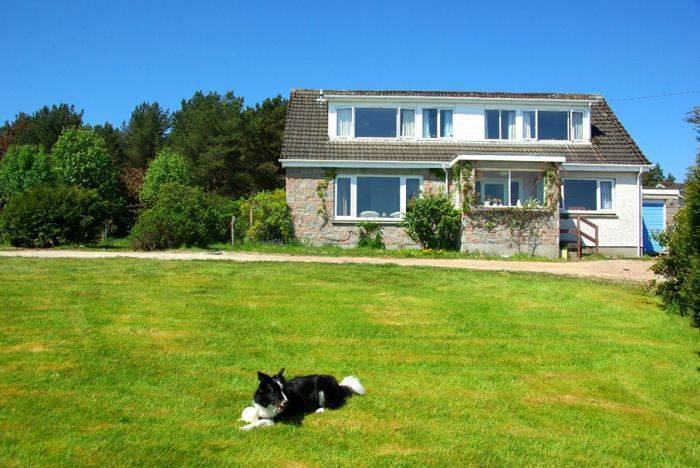 Bhraggie House, Golspie, Scotland, Scotland hotels and hostels