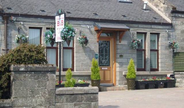 Scotties B and B, compare with famous sites for hotel bookings 4 photos