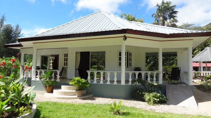 Skyblue Guesthouse, Cote d'Or, Seychelles, Seychelles hotels and hostels