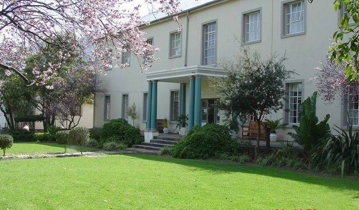 Franschhoek Traveller's Lodge, hotels near mountains and rural areas 12 photos