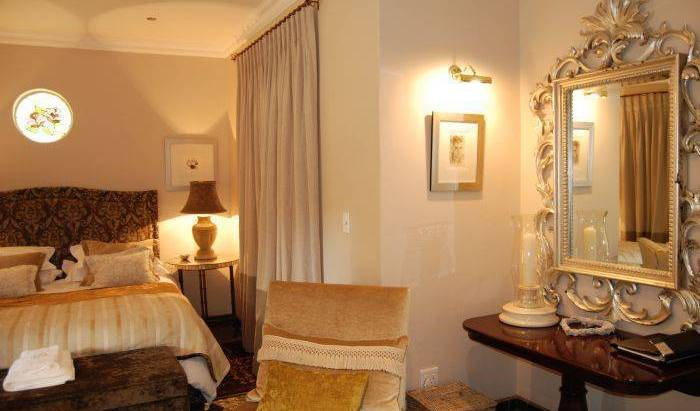 Godiva Spa and Guesthouse, hotel bookings 8 photos