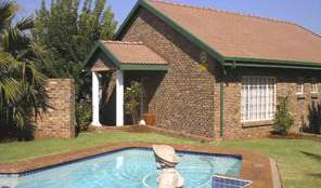 Pete's Retreat Guest House, Germiston, South Africa hotels and hostels 2 photos