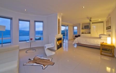 Villa Afrikana Guest Suites, Knysna, South Africa, Venkovských domů a apartmánů v Knysna