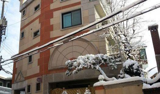 Persimmon House - Get low hotel rates and check availability in Seoul 20 photos