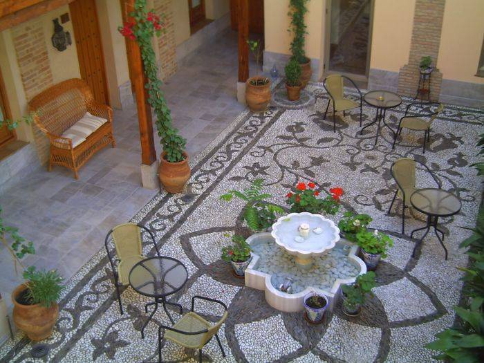 Abadia Hotel Granada, Granada, Spain, hotels and hostels for fall foliage in Granada