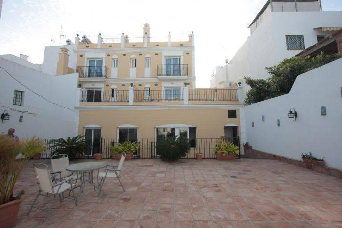 Apartamentos Nerjaluna, Nerja, Spain, Spain hotels and hostels