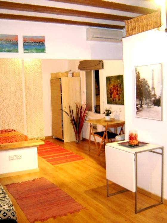 Barcelona Beach Studio Apartment, Barcelona, Spain, hotels for road trips in Barcelona