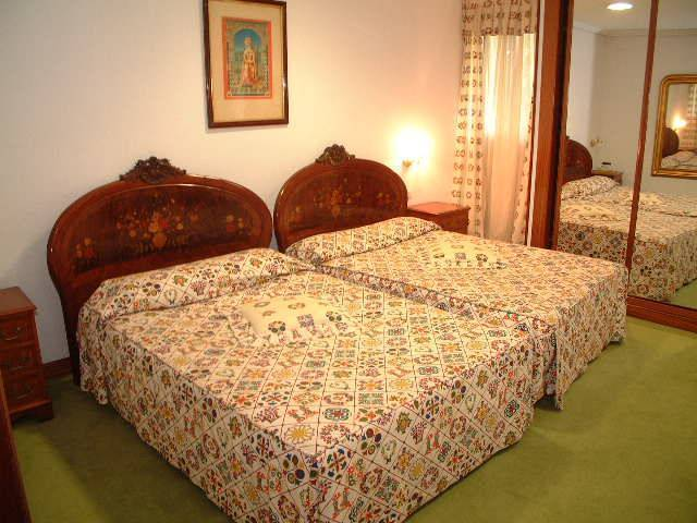 Complejo Los Infantes, Santander, Spain, find the lowest price for hotels, hostels, or bed and breakfasts in Santander