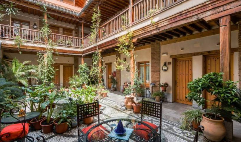 Abadia Hotel Granada - Search for free rooms and guaranteed low rates in Granada, everything you need for your vacation 15 photos