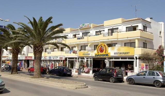 Dausol  Apartments - Get low hotel rates and check availability in Ibiza 4 photos