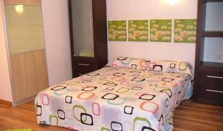 Friendly Rooms - Get low hotel rates and check availability in Adeje, hotels and hostels for sharing a room 6 photos