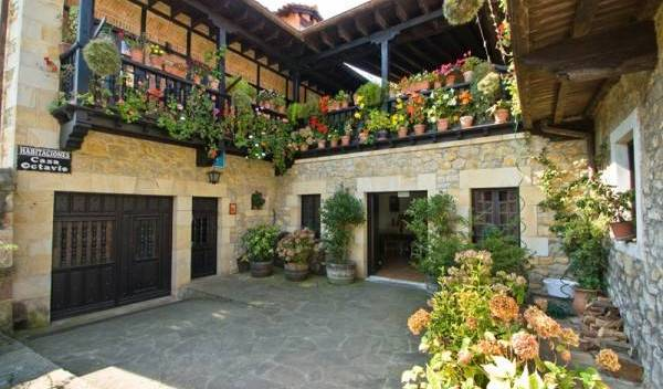 Hospedaje Octavio - Search for free rooms and guaranteed low rates in Santillana 15 photos