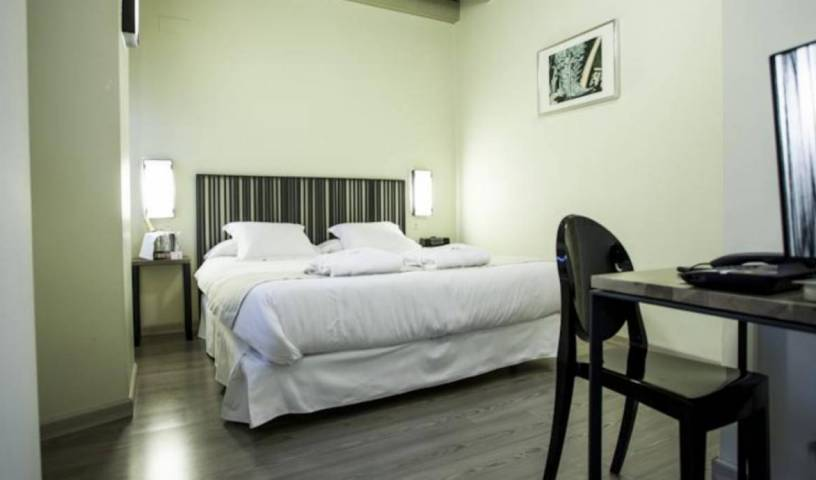 Hotel Boutique Casas de Santa Cruz - Search for free rooms and guaranteed low rates in Sevilla 7 photos