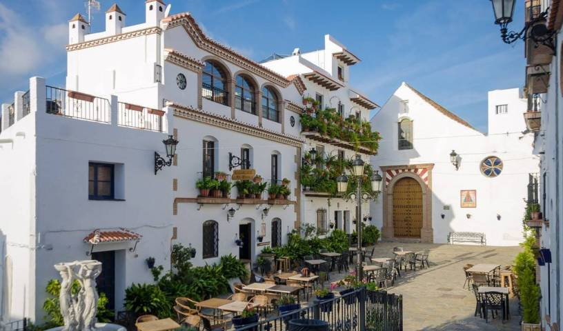 Posada La Plaza - Search available rooms for hotel and hostel reservations in Canillas de Albaida, preferred site for booking holidays in Nerja, Spain 8 photos
