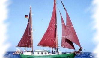 Ship-Papagei - Search available rooms for hotel and hostel reservations in Ayamonte 5 photos