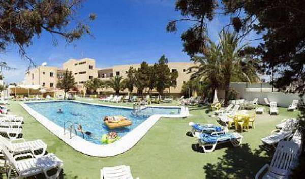 Sol Bay Apartments - Get low hotel rates and check availability in Ibiza, reliable, trustworthy, secure, reserve confidently with Instant World Booking 5 photos