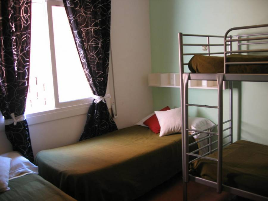 Guesthouse Sant Andreu, Barcelona, Spain, hotels, motels, hostels and bed & breakfasts in Barcelona