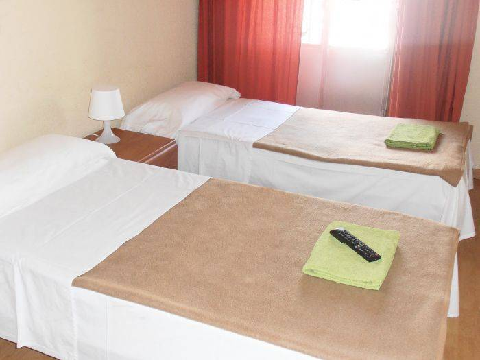 Hostal Numancia, Madrid, Spain, hotels near ancient ruins and historic places in Madrid
