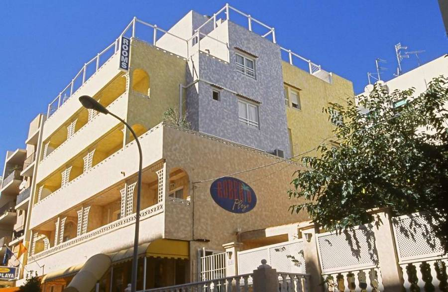 Hrs Roberto Playa, Ibiza, Spain, Spain hostels and hotels