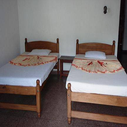 Majestic Tourist Hotel, Kandy, Sri Lanka, explore hotels with pools and outdoor activities in Kandy