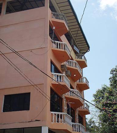 Majestic Tourist Hotel, Kandy, Sri Lanka, Sri Lanka hotels and hostels