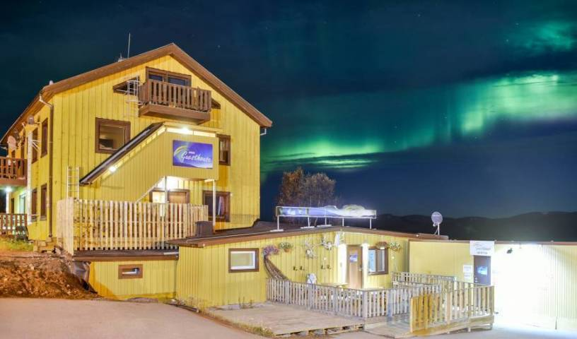Abisko Guesthouse, cheap hotels 2 photos