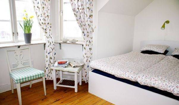 Gnesta Strand Bed and Breakfast, cheap hotels 11 photos